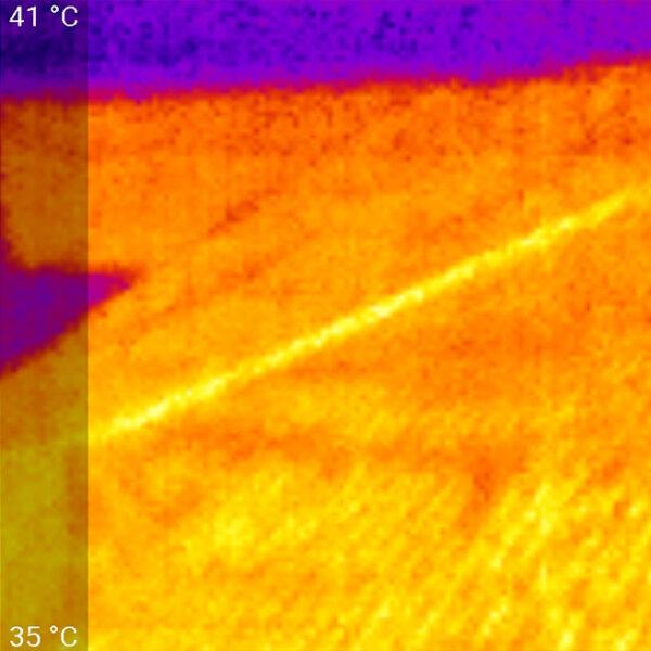 BVF L-PRO fűtőszőnyeg hőkamerás felvétele